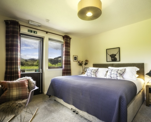 Superking Loch & Mountain View (Double and Twin Beds)£185